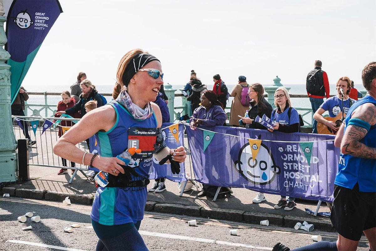 Brighton Marathon, woman running