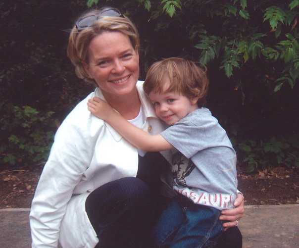 Ruth Kennedy with her son Louis Dundas